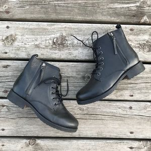 Steve Madden Cliffton Leather Combat Boots